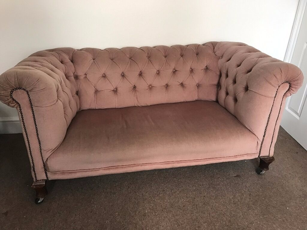Stunning Antique Blush Pink Velvet Chesterfield Sofa 2