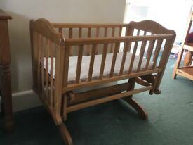 Mothercare cot / gliding crib - excellent condition