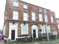 REDUCED for 1st 6 months - 3 bed apt L8 1TE city ctr fully furn utility bills incl wifi gch dg