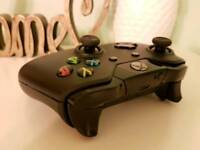 Xbox One Controller in Black Wireless