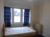 Three bed flat to rent in Streatham