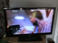 LG 42LE5900 SLIMLINE TV GOOD WORKER APART FROM HDMI PORTS NOT WORKING GOOD CONDITION