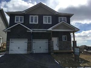 NEWLY BUILT 4 BED + DEN, QUIET LOCATION! 805 Windermere Dr