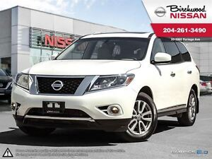 2016 Nissan Pathfinder SL Local Trade, Seating FOR 7!