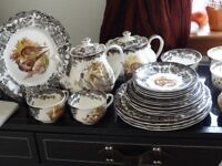 VINTAGE DISHES THE ROYAL WORCESTER GROUP PALISSY ENGLAND GAME SERIES 1950 'S/60'S GREAT CONDITION