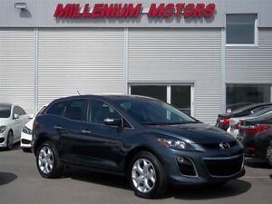 2011 Mazda CX-7 GT AWD / LEATHER / SUNROOF / A MUST SEE!!