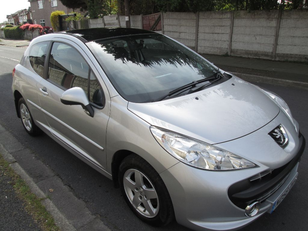 peugeot 207 1 4 vti cielo 3dr sport fully loaded model must see in st helens merseyside. Black Bedroom Furniture Sets. Home Design Ideas
