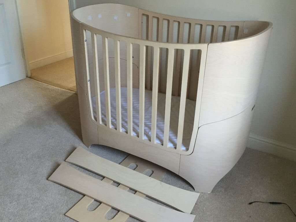 lovely leander cot converts to first bed  in uxbridge london  - lovely leander cot converts to first bed