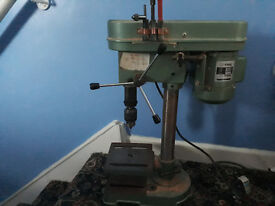 Nu-TOOL PILLAR/BENCH DRILL 250w 1400rpm perfect working order, with bits , chucks etc £60