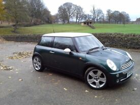 Mini Cooper Hatchback ★BRITISH RACING GREEN★WHITE ROOF & MIRROR CAPS★VERY LONG MOT★SERVICE HISTORY ★