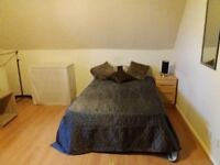 64A Hollyshaw Lane Studio 4-SUPERB STUDIO-FREE CENTRAL HEATING INCLUDED!!