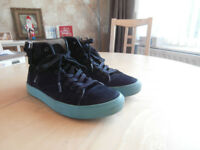 Trainers Size 9 - Skate Shoes Size 9 - Hi Top - Converse Trainers