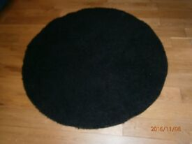 DEEP PILE CIRCULAR RUG IN BLACK-GOOD CONDITION-REDUCED PRICE-£8