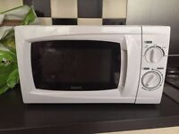 Microwave, in very good condition. Hardly been used