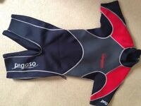 Pegaso shortie wetsuit for men or women- small