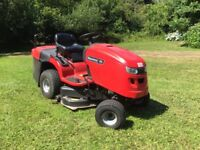 Snapper Ride on Lawn Tractor