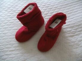 Ladies Slipper Boots In Red