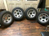 15inch Alloy wheels from Nissan Elgrand 1999