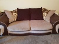 2 x DFS sofas in really good condition.