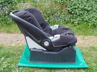 Child Seat Mamas & Papas
