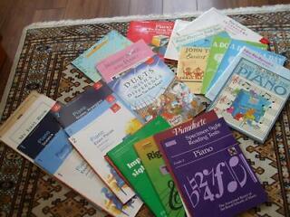 Beginner's piano books
