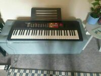 Yamaha PSR F51 ELECTRIC Keyboard (61 keys)GOOD CONDITION AND FULLY WORKING
