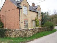 3bed stone cottage - situated in the middle of the village £800pcm