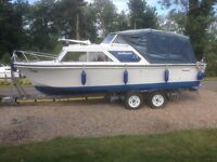 Boat with trailer - 'Tristar'. Selco Selqueen – Circa 1975 GRP. Length: 7.3m Beam: 2.5m.