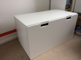 Storage bench/chest IKEA STUVA in white x2 and on castor wheels
