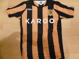 HULL CITY HOME SHIRT VERY GOOD CONDITION SIZE ADULT SMALL