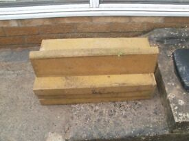 8 used paving edges all in good condition
