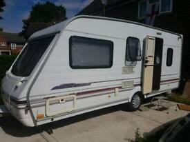 99 Swift Challenger 490 Se 5 berth Caravan
