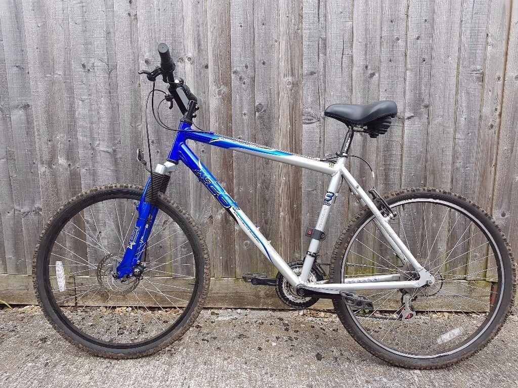 21 Speed Apollo XC26 Adult Mountain Bike.