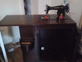 Antique Singer Sewing Machine Table Excellent Condition