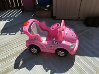 Kids electric ride on car for sale  Aberlour, Moray