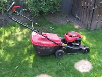 Mountfield SP470 petrol lawn mower