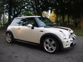 MINI HATCHBACK 1.6 Cooper + FREE 3M WARRANTY + FINANCE AVAILABLE + CALL 01162149247 (white) 2005