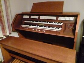 Viscount Domus 80 electronic organ with 32-note pedalboard £800 o.n.o