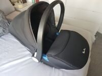Silver cross baby car seat and base