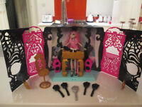 MONSTER HIGH DJ BOOTH, DOLL AND ACCESSORIES, ETC, ETC - VGC