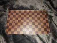 Louis Vuitton pouch (AUTHENTIC)
