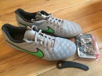 Nike football boots togs size 7.5