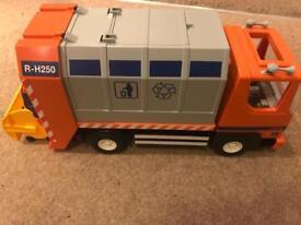 Playmobil rubbish truck
