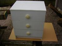 white 3 drawer chest