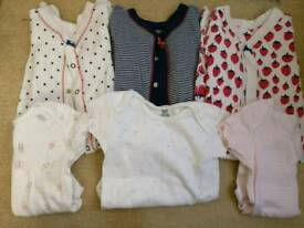 Girls Sleepsuits and bodysuit bundle 6-9months