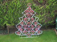 Outdoor Christmas Decorations: Tree and Star