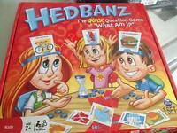 Hedbanz board game.