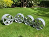 18 inch LANDROVER Alloy wheels FORSALE