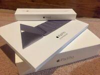 """Apple iPad Pro 9.7"""" 32GB WIFI *IMMACULATE* Smart Keyboard & Apple Pencil"""