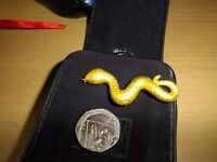 New boxed 24ct gold pendant, snake 24k. Swindon, jewellery £175